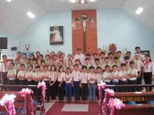 Các em Rước Lễ lần đầu