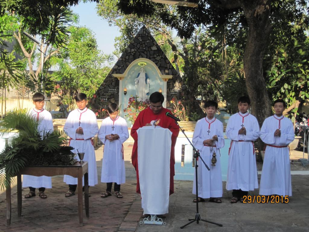 Thánh Lễ Lá 2015